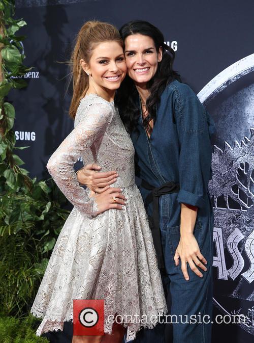 Maria Menounos and Angie Harmon 2