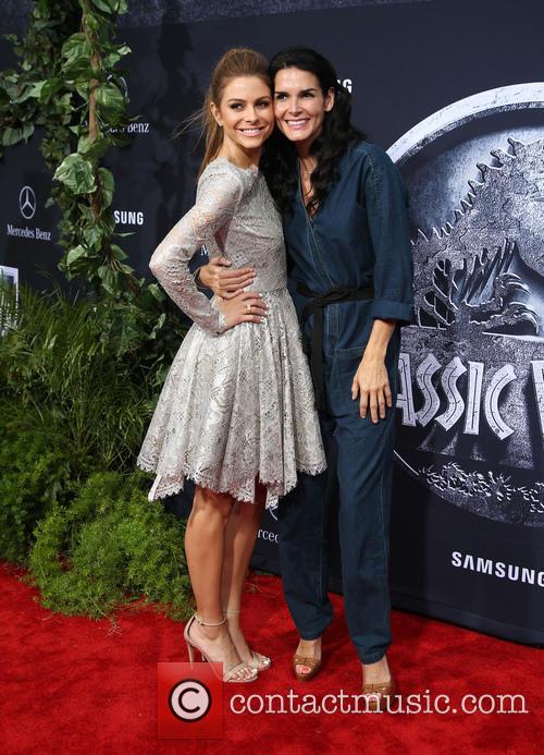 Maria Menounos and Angie Harmon 4