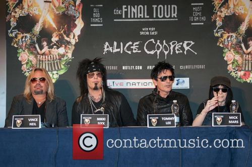 Nikki Sixx, Tommy Lee, Vince Neil and Mick Mars 7