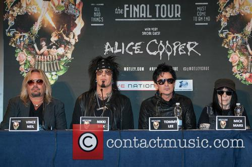 Nikki Sixx, Tommy Lee, Vince Neil and Mick Mars 8