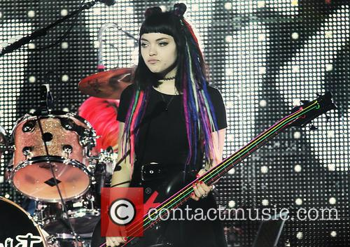 Rena Lovelis and Hey Violet 7