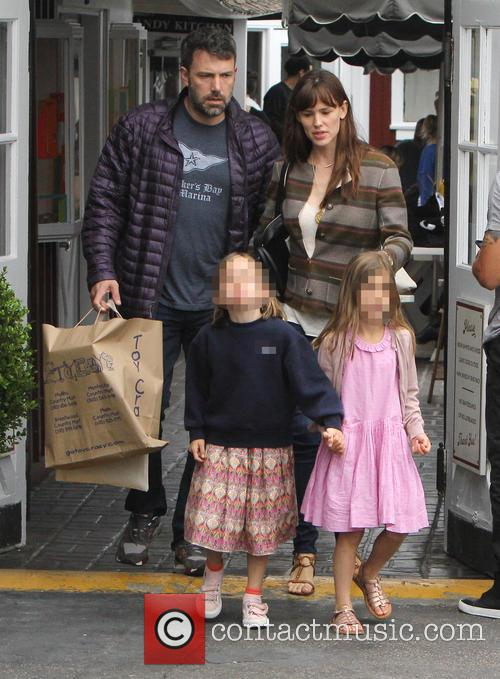 Jennifer Garner, Ben Affleck and Seraphina Affleck 3