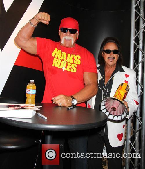 Hulk Hogan and Jimmy Hart 6