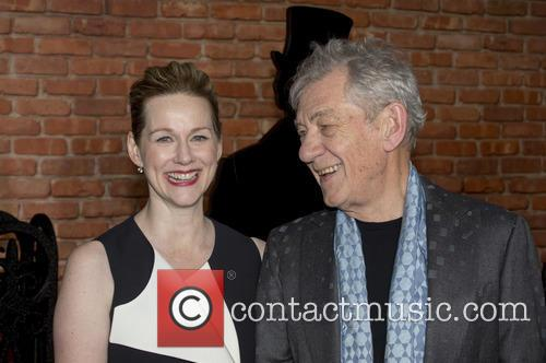 Sir Ian Mckellen and Laura Linney 5