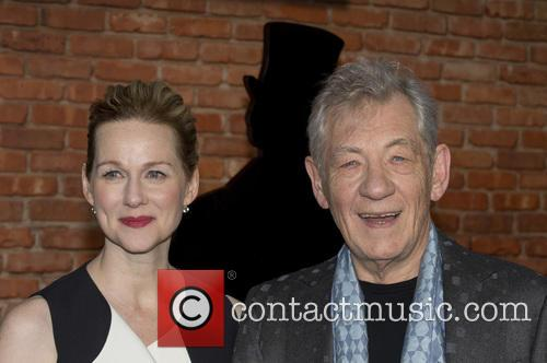 Sir Ian Mckellen and Laura Linney 7