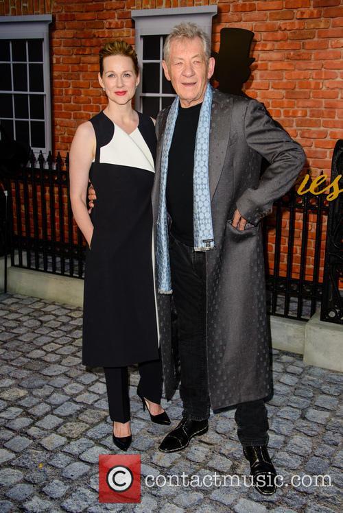 Sir Ian Mckellan and Laura Linney 8