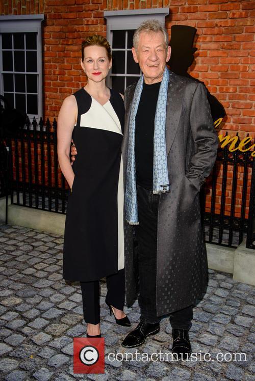 Sir Ian Mckellan and Laura Linney 9