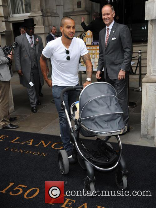 Theo Walcott and Baby Finley 3