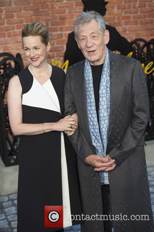 Laura Linney and Ian Mckellen 9