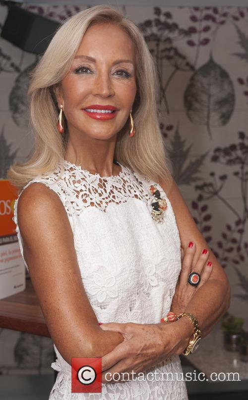Carmen Lomana 1