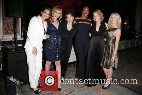 Amy Landecker, Zachary Drucker, Karen Dixon, Aisha Tyler, Wendi Mclendon-covey and Renee Olstead 7