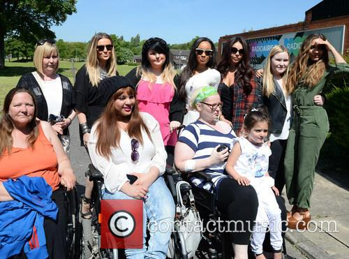 Perrie Edwards, Leigh Anne Pinnock, Jesy Nelson, Jade Thirwall and With Fans 9