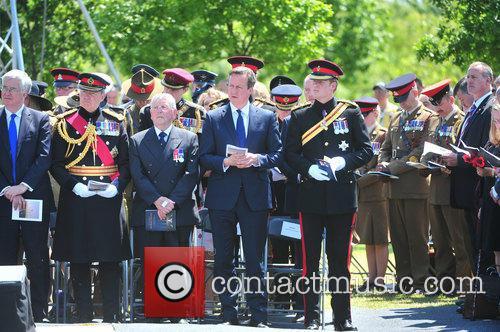 Hrh Prince Harry and David Cameron 6