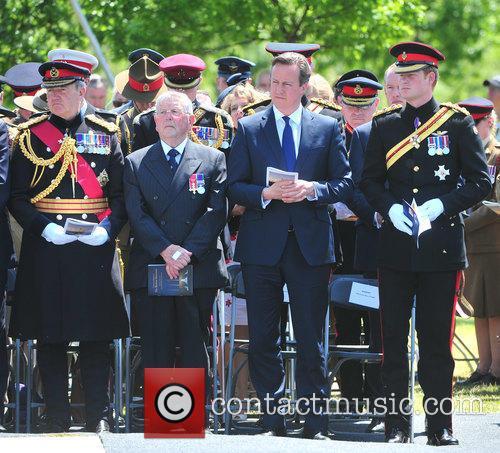 Hrh Prince Harry and David Cameron 7