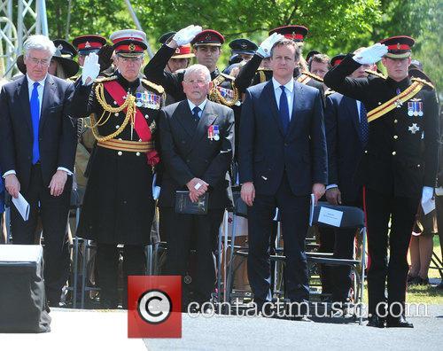 Hrh Prince Harry and David Cameron 9