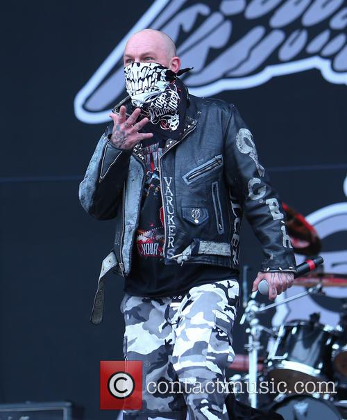 Ivan Moody and Five Finger Death Punch 2