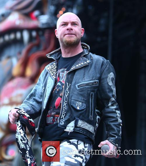 Ivan Moody and Five Finger Death Punch 4