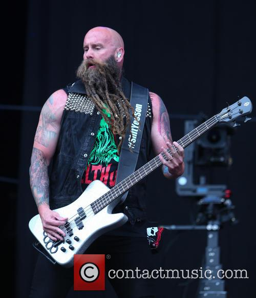 Chris Kael and Five Finger Death Punch 4