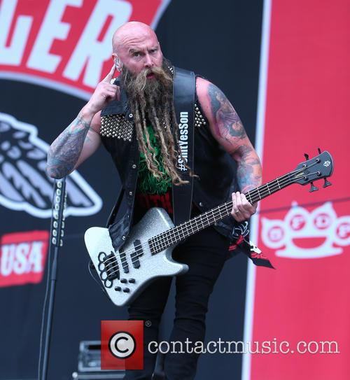 Chris Kael and Five Finger Death Punch 9