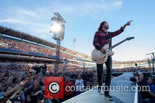 Dave Grohl and Foo Fighters 3