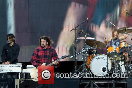 Dave Grohl and Foo Fighters 8