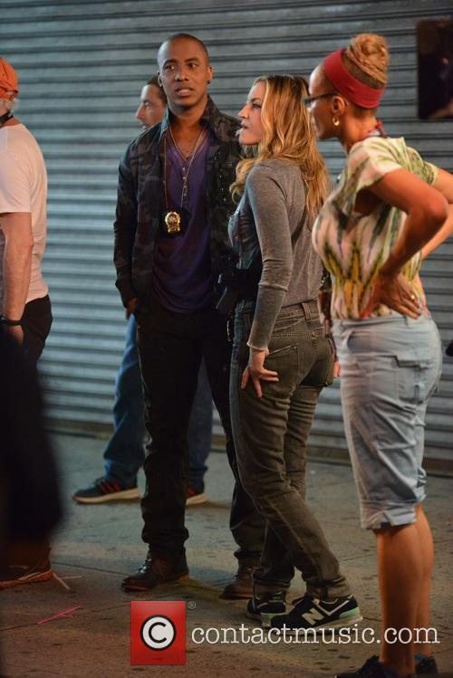 Ray Liotta, Jennifer Lopez and Drea De Matteo 11