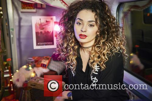 All Aboard The Festival Express - Ella Eyre...