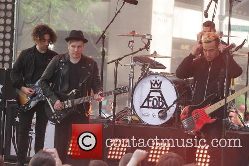 Joe Trohman, Pete Wentz, Patrick Stump, Andy Hurley and Fall Out Boy 4