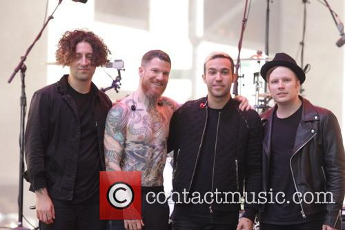 Joe Trohman, Pete Wentz, Patrick Stump, Andy Hurley and Fall Out Boy 1