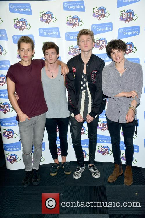 The Vamps, Bradley Simpson, James Mcvey, Connor Ball and Tristan Evans 4