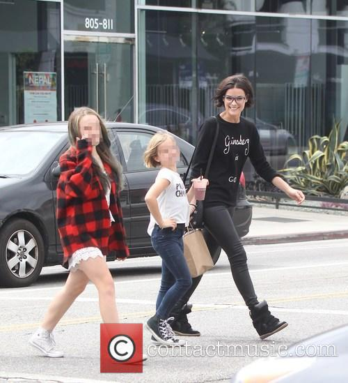 Jaimie Alexander, Lola Facinelli and Fiona Facinelli 11