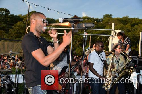 Solange Knowles, Trombone Shorty and Troy Andrews 7