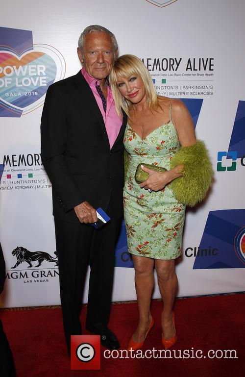 Alan Hamel and Suzanne Somers 3