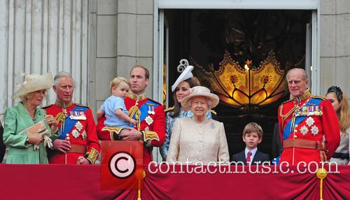 Prince George, Duchess Of Cambridge, Prince William and The Queen 7