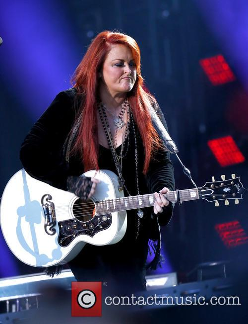 Wynonna & The Big Noise 7