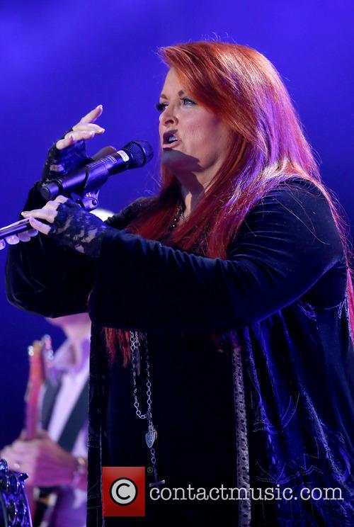 Wynonna & The Big Noise 10