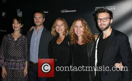Alexia Landeau, Michael Medico, Zoe R. Cassavetes, Brooke Smith and Guy Burnet 7