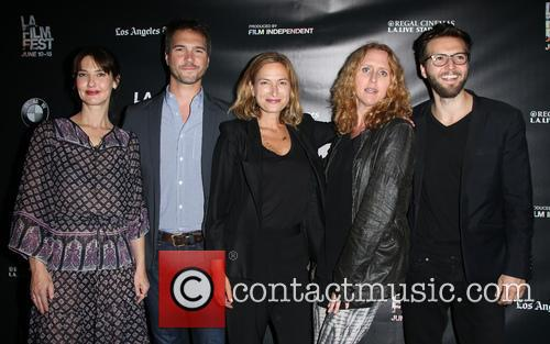 Alexia Landeau, Michael Medico, Zoe R. Cassavetes, Brooke Smith and Guy Burnet 8
