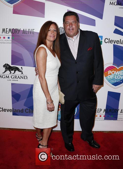 Steve Schirripa and Laura Schirripa 3