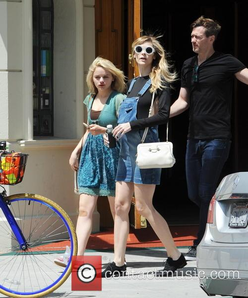Jaime King, Joey King and Kyle Newman 3