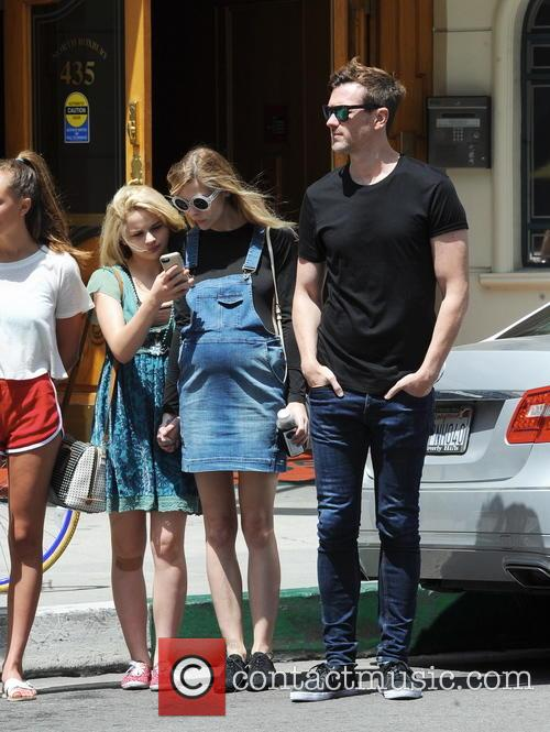 Jaime King, Joey King and Kyle Newman 8