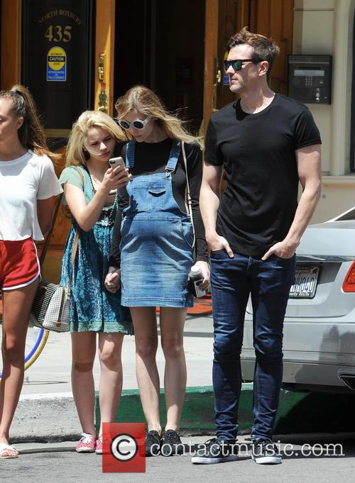 Jaime King, Joey King and Kyle Newman 9