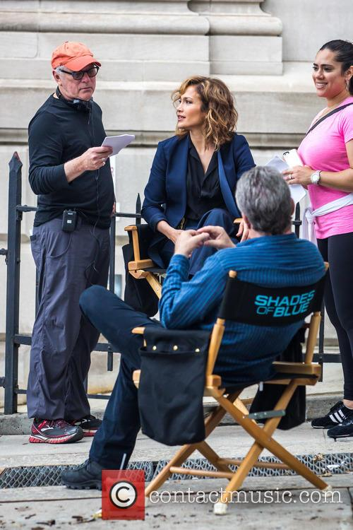 Jennifer Lopez and Barry Levinson 6