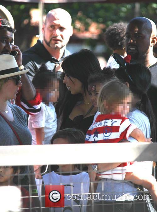 Penelope Scotland Disick, Kim Kardashian, Kanye West and North West 10