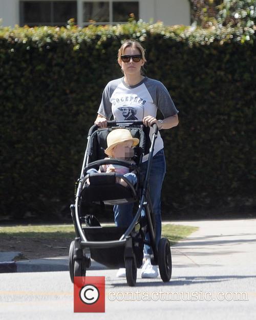 Kristen Bell and Delta Bell 7