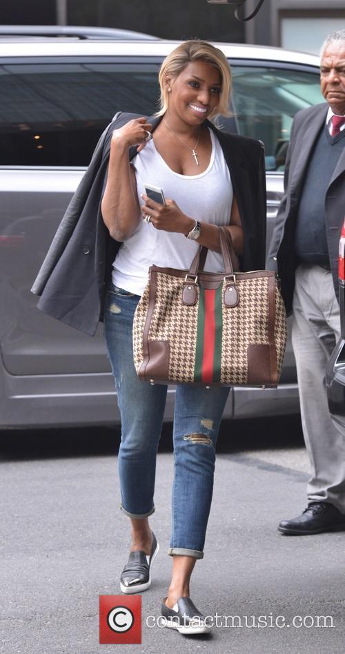 NeNe Leakes arriving at her hotel