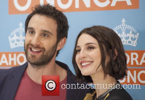 Dani Rovira and Maria Valverde 7