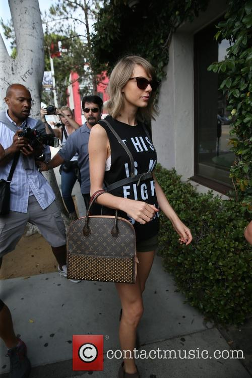 Selena Gomez and Taylor swift head to Ago...