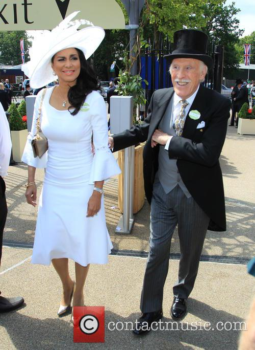 Bruce Forsyth and Wilnelia Merced 5