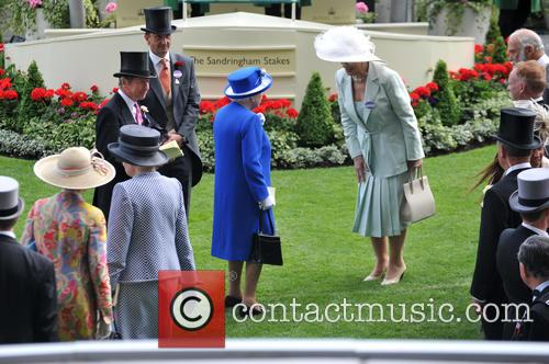 Hrh Queen Elizabeth Ii, Duchess Of Gloucester and Duke Of Gloucester 2